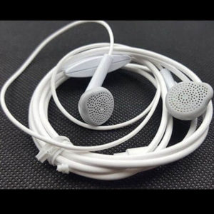 Samsung Earphone High Quality Sound and Bass with Mic